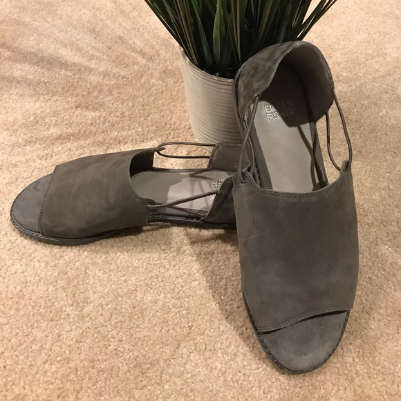 Eileen fisher spell flat olive suede  sandal 7 1/2